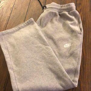 Nike sweat pants. XL